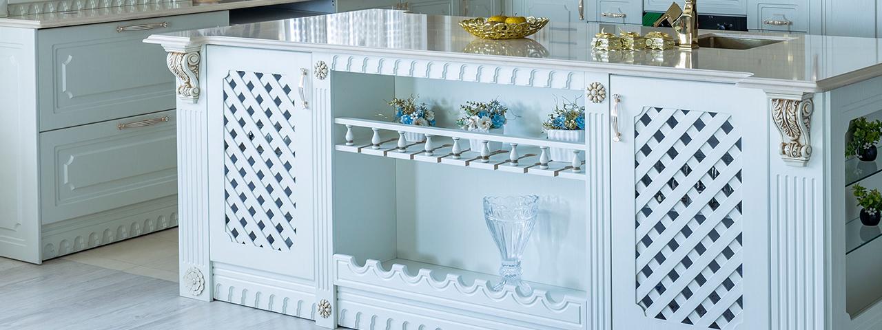 Decorative Pieces